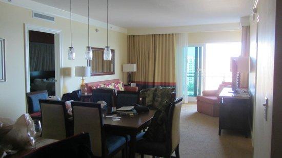 Marriott's Oceana Palms: Living room
