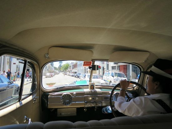 Packard Promenades: on the inside
