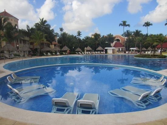 Luxury Bahia Principe Ambar Blue: piscine Ambar