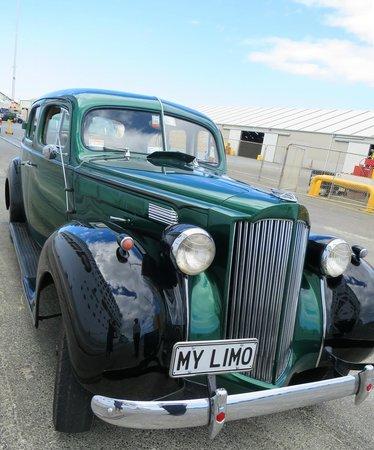 Packard Promenades: Lovely car