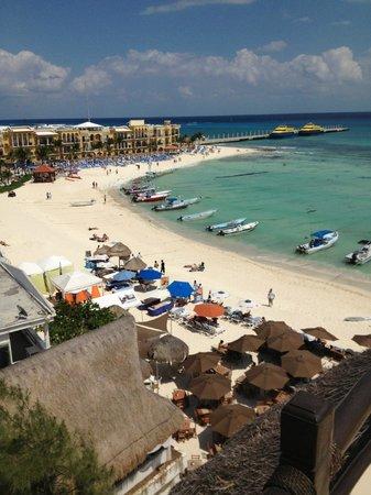 El Taj Oceanfront & Beachside Condos Hotel: View