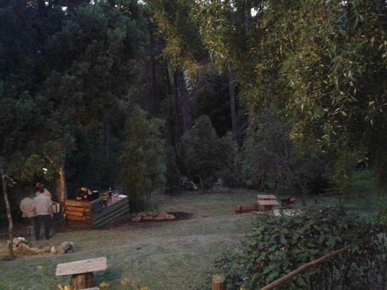 Altos del Sur Hostel: bello patio p merendar y cenar
