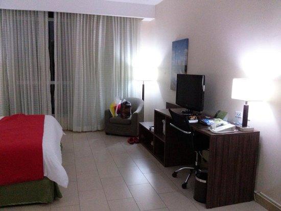 Clarion Victoria Hotel and Suites Panama: Habitación