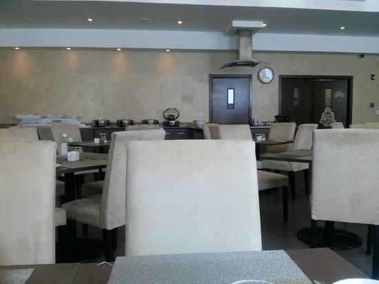 Clarion Victoria Hotel and Suites Panama: Comedor