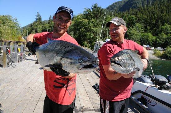 Fishing Storie Charters Bild