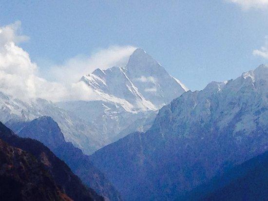 Clifftop Club : Nanda Devi good views