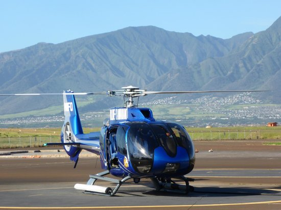Blue Hawaiian Helicopter Tours - Maui: ecostar