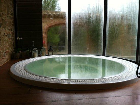 Borgo Dei Conti Resort: jacuzzi idromassaggio
