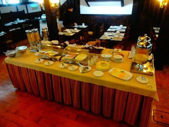 SANA Rex Hotel: café da manhã