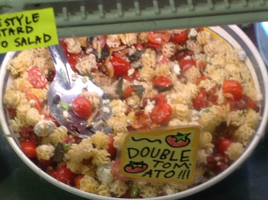 Brown Bag Deli: Pasta salad