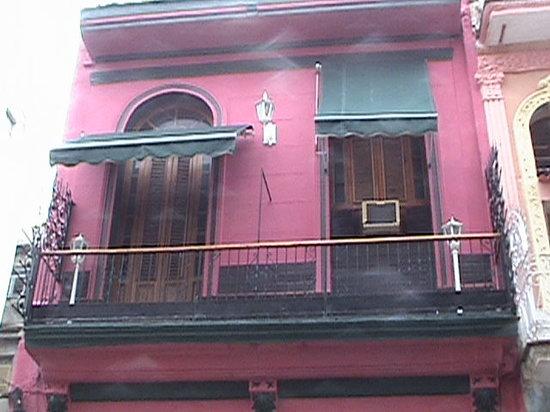 Casa Colonial Yadilis y Joel: the front