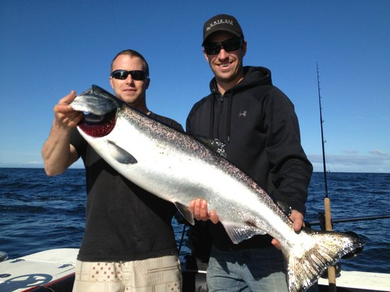 Fishing Storie Charters: 30+ Lb Chinook Salmon with Ryan and Cam