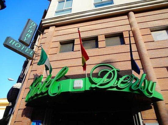 Hotel Derby Sevilla: fachada do hotel