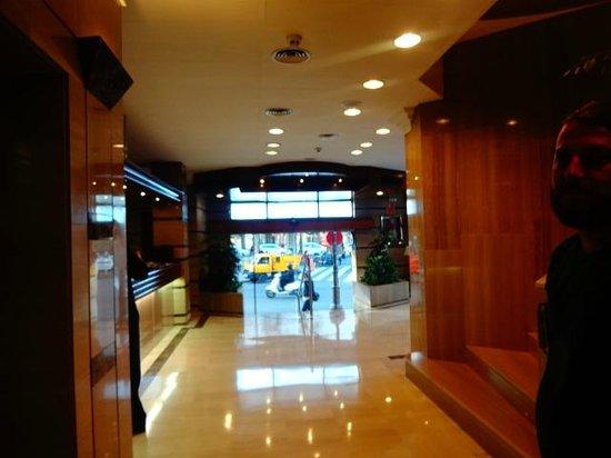 Hotel Derby Sevilla: recepção