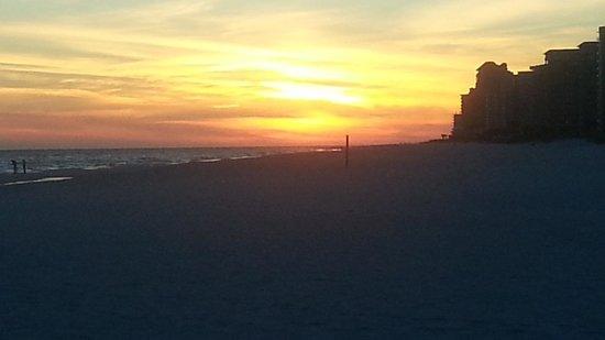 Hampton Inn & Suites Orange Beach : A sunset to remember!