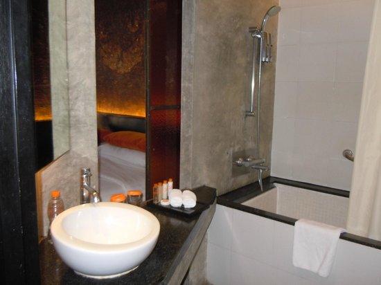 Siam@Siam Design Hotel Bangkok: Leisure Class Bathroom