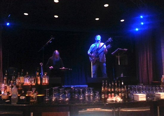 Horseshoe Casino: Live Music Stage at one of the video poker bars