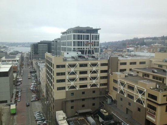 Pan Pacific Seattle : View from Corner King