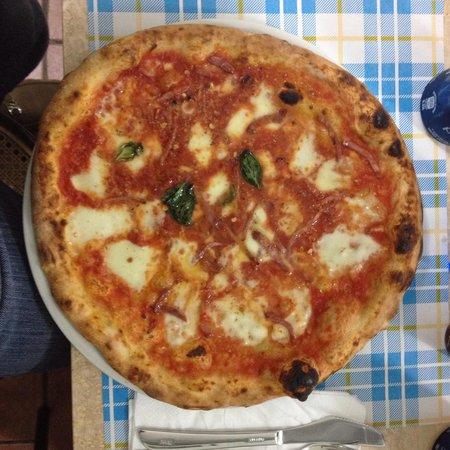 Pizzeria da Gaetano: Pizza alla diavola!