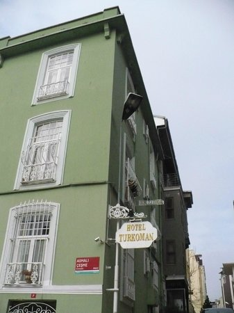 Hotel Turkoman: Вид на отель со стороны Голубой мечети
