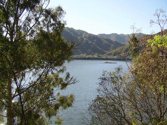 Amerian Cordoba Park Hotel: Lago San Roque