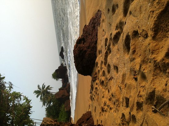 Waves Beach Resort: Small private beach 10 steps from beach houses.