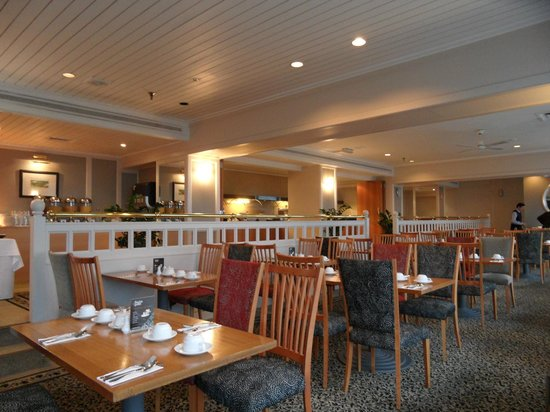 Copthorne Hotel Auckland HarbourCity: Breakfast dining