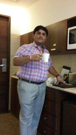 Mahagun Sarovar Portico Suites: Had a tea in room
