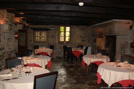 Les Magnolias: Main Dining Room