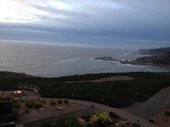 Timber Cove Resort: View from Room 203