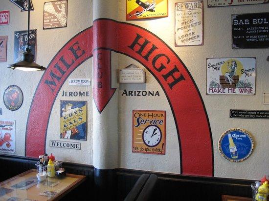 Mile High Grill & Inn : Mile High Sign