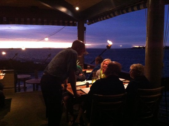 Huggo's Restaurant: Sunset