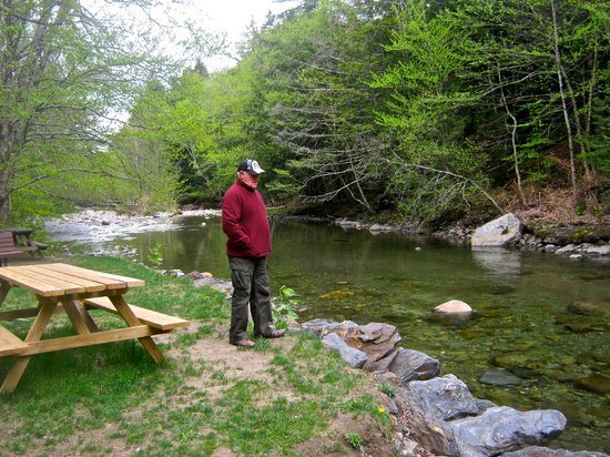 Stowe Recreation Path : Brian enjoying the river