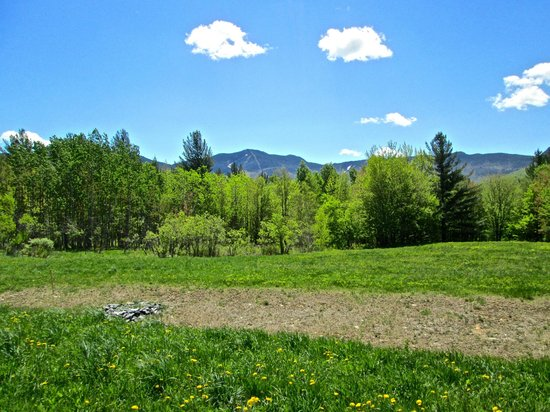 Stowe Recreation Path: A view of the mountains