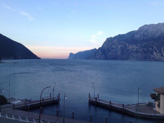 Hotel Lago di Garda: Vista dalla camera