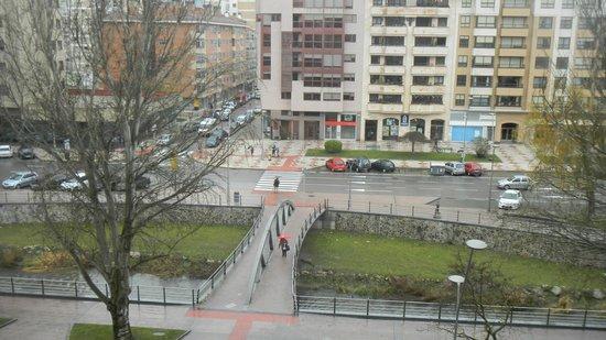 Hotel Rice Reyes Católicos: Вид из окна