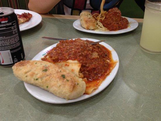 Sbarro: lasagna