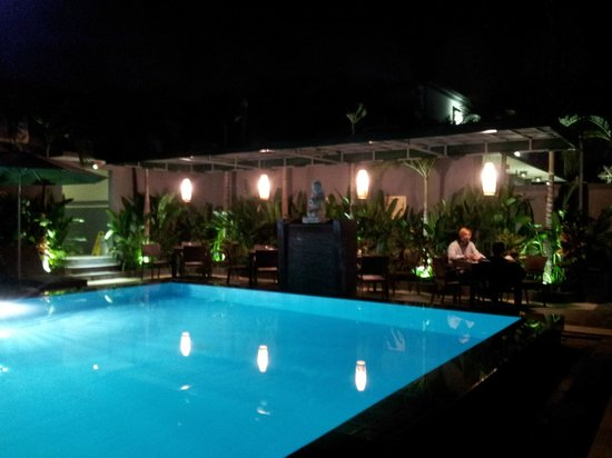 The Banyumas Villa: The pooool!!!