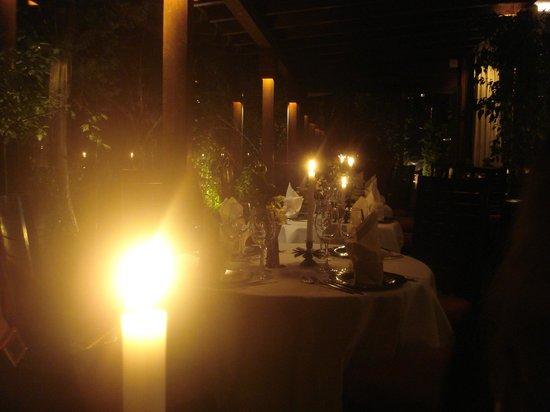 Thai Garden 2112: Ambiente ideal para cenas románticas