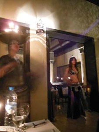 Le Tanjia: La danza del ventre