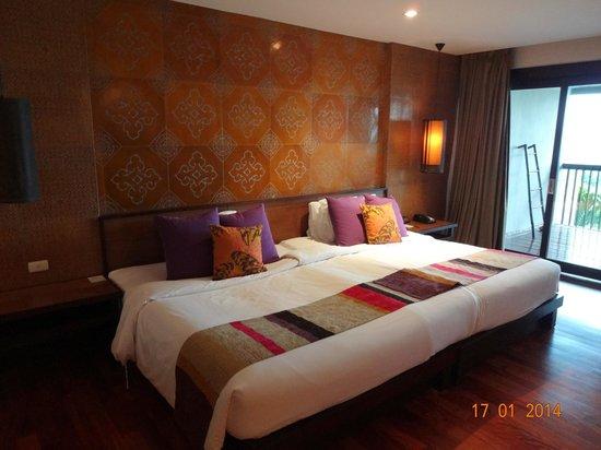 Sareeraya Villas & Suites: sea-view room