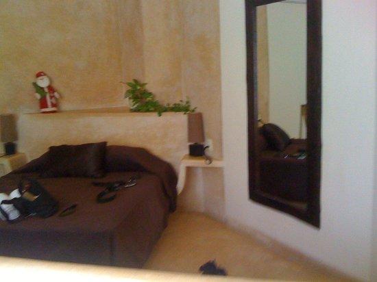 Hotel Posada 06 Tulum : Room 8 bed