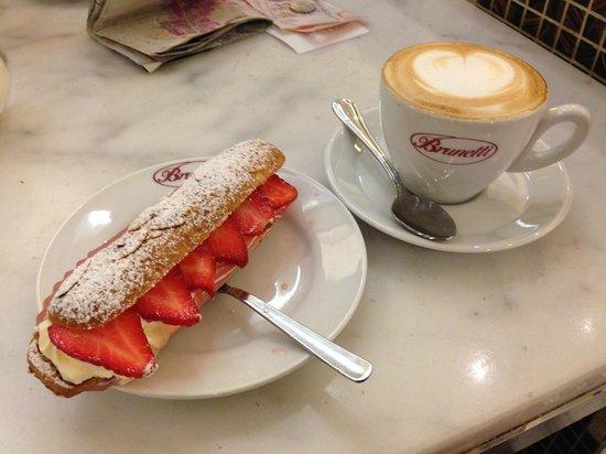 Brunetti: Cappuccino and strawberries and cream eclair