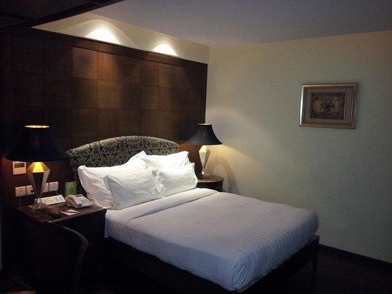 S Hotel : Quality Inn-2