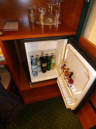 Moselstern Hotel Brixiade: Mini-fridge