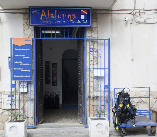 Alalonga Diving Center