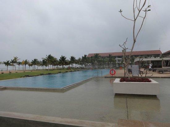 Amaya Beach: Hotel & Pool