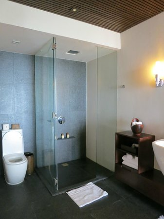 Abaca Boutique Resort : bathroom