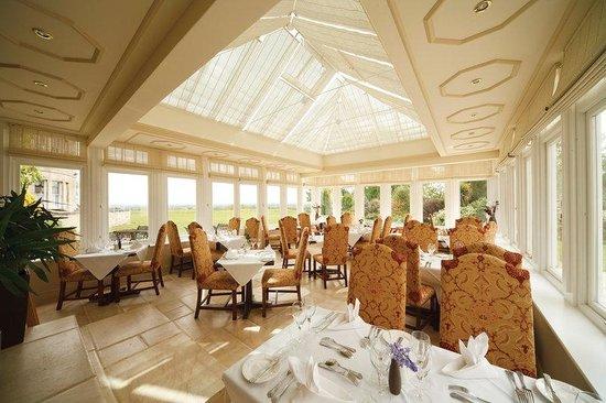 Conservatoire Restaurant - Leigh Park Hotel & Vineyard