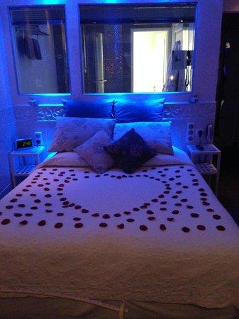 Hotel Azur : Chambre